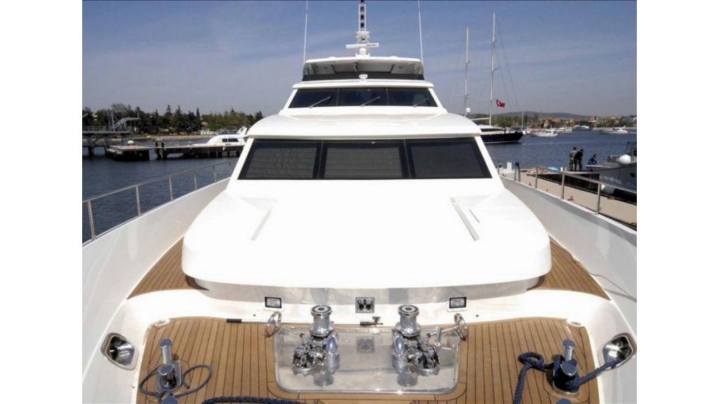 White Motoryacht (41)