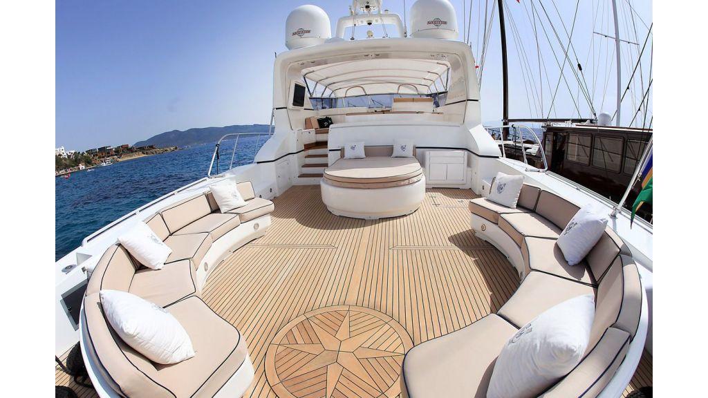 mangusta-motoryacht-master
