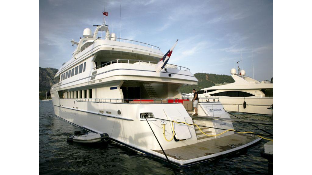 Motoryacht Golden Horn (2)