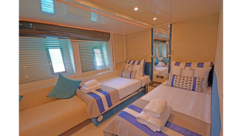 Vetro Motor Yacht (28)