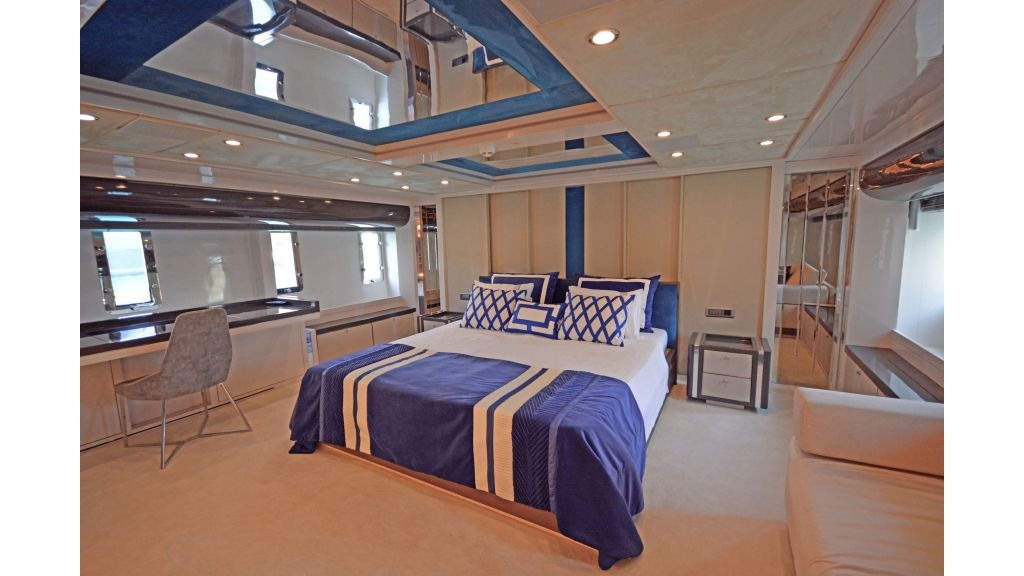 Vetro Motor Yacht (29)