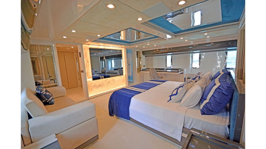 Vetro Motor Yacht (30)