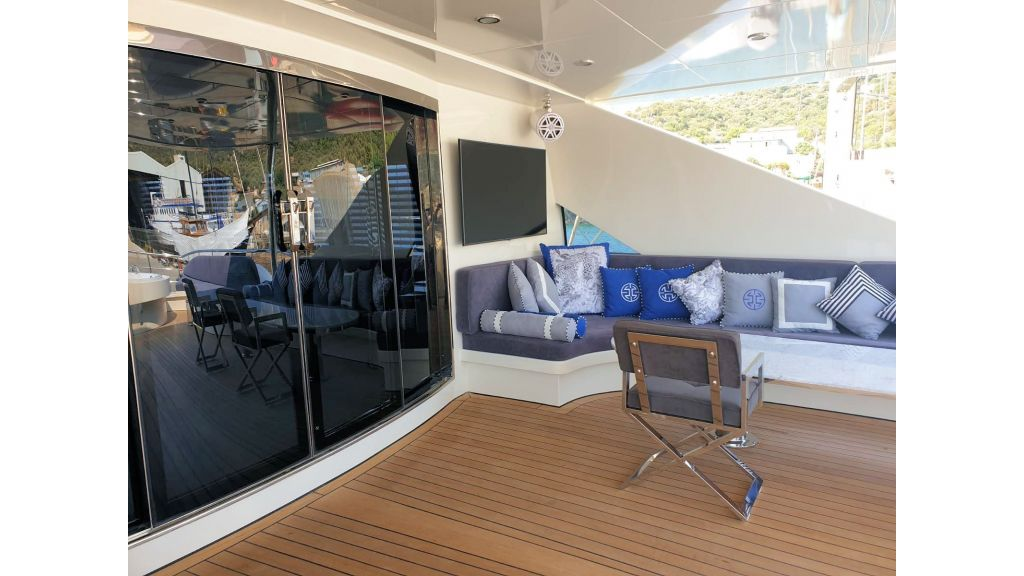 Vetro Motor Yacht - Upper Deck 52