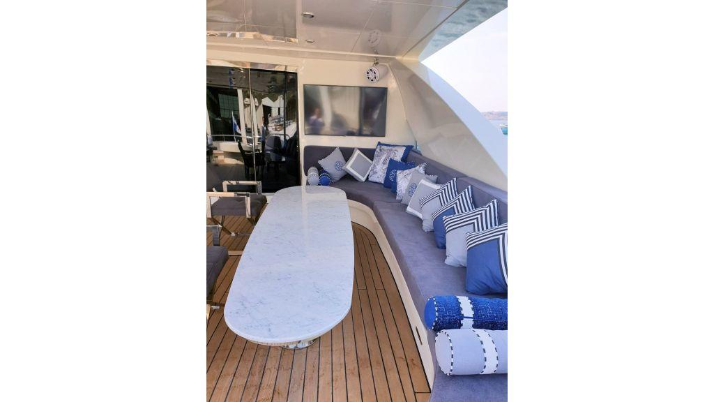 Vetro Motor Yacht - Upper Deck 55