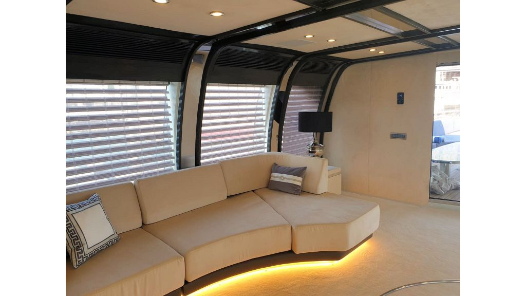Vetro Motor Yacht - Upper Saloon 42