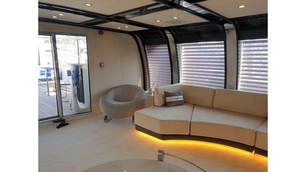 Vetro Motor Yacht - Upper Saloon 45