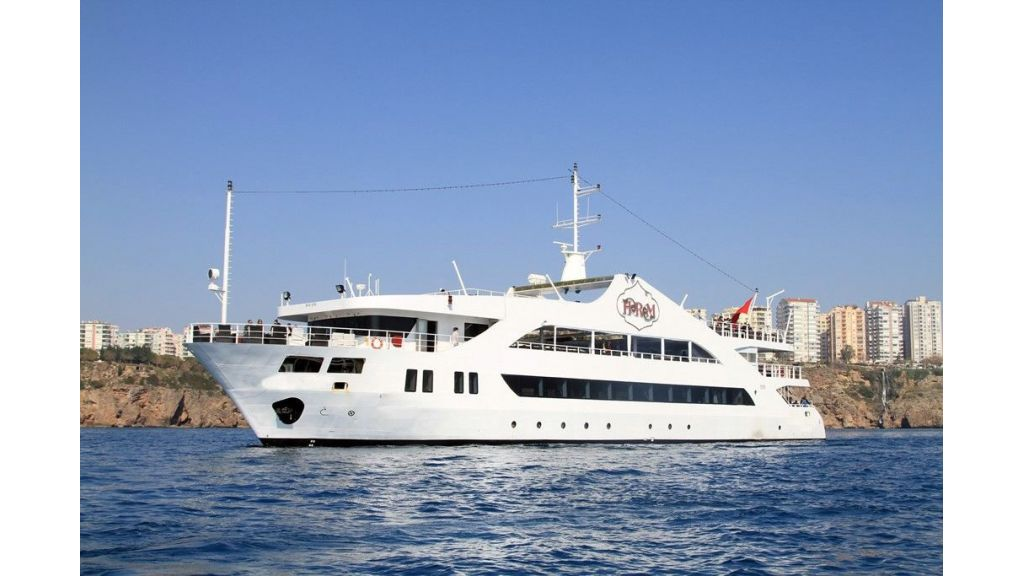 daily-excursion-yacht-81