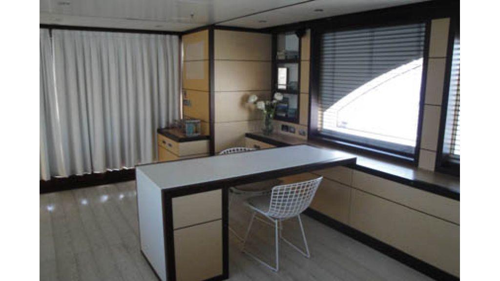 RODRIQUEZ 38 m Motoryacht (12)