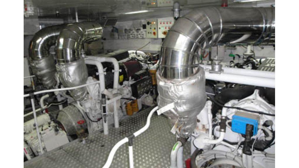 RODRIQUEZ 38 m Motoryacht (16)