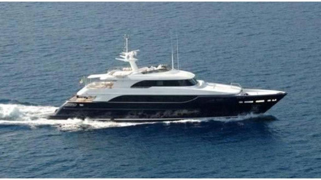 RODRIQUEZ 38 m Motoryacht (20)