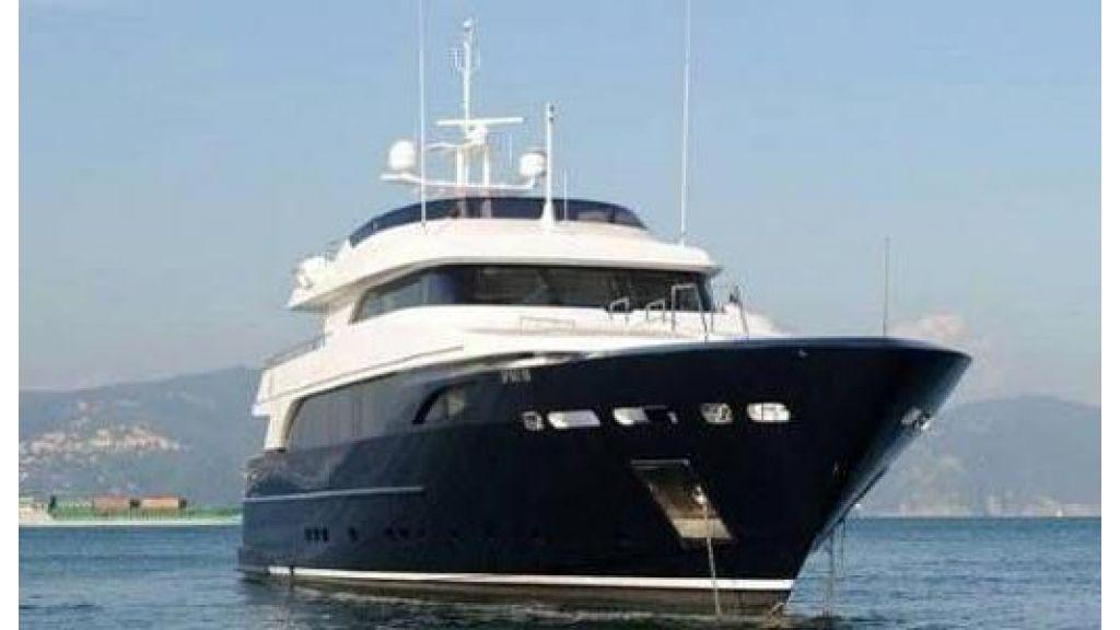 RODRIQUEZ 38 m Motoryacht (21)