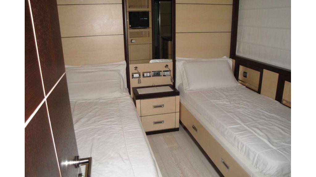 RODRIQUEZ 38 m Motoryacht (2)