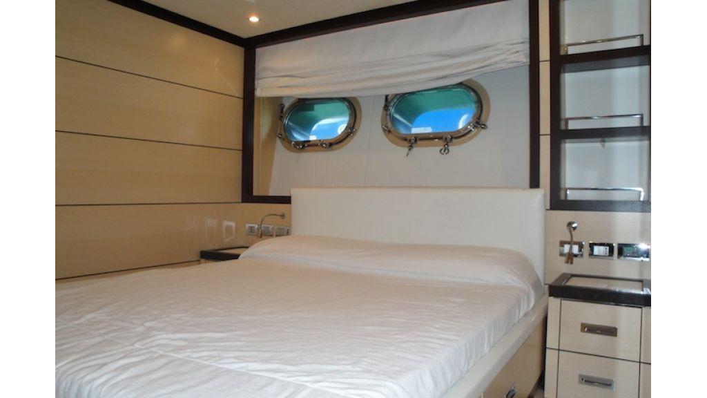 RODRIQUEZ 38 m Motoryacht (7)