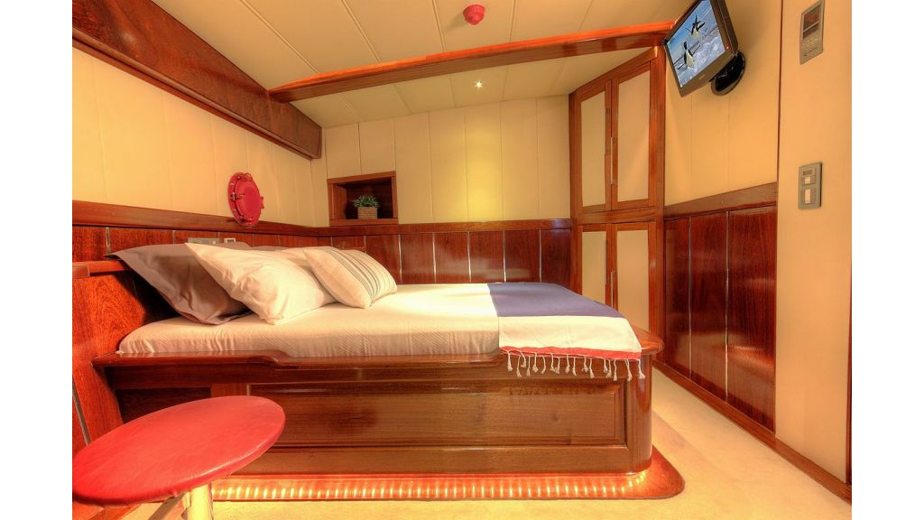 36 M Transom Gulet for sale (14)