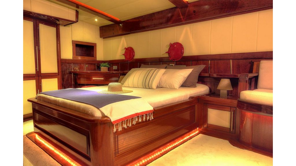 36 M Transom Gulet for sale (22)