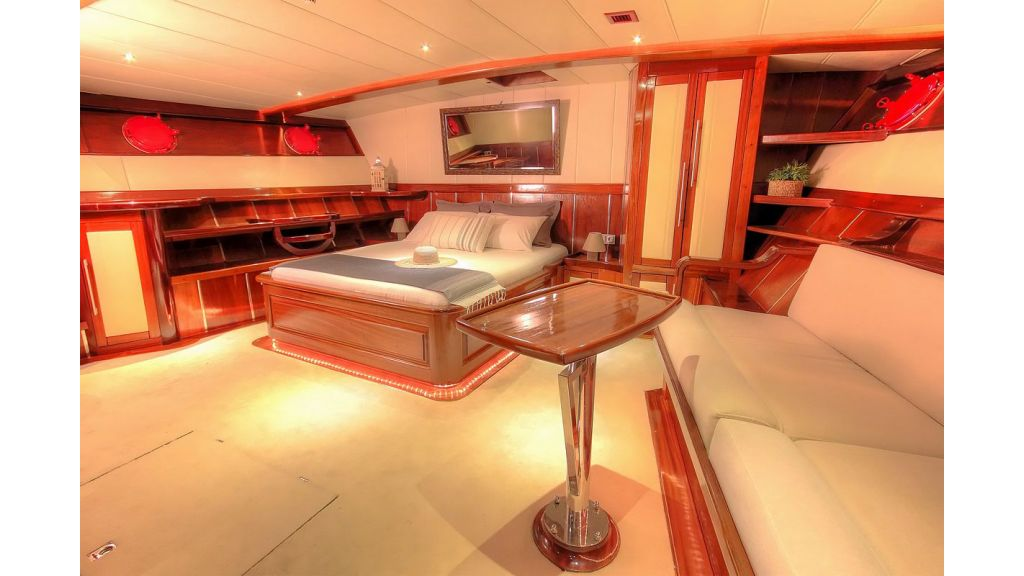36 M Transom Gulet for sale (4)