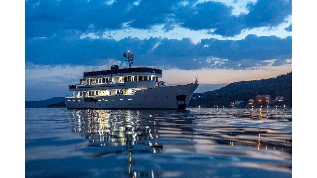 Motor Yacht Donna Del Mare (21)