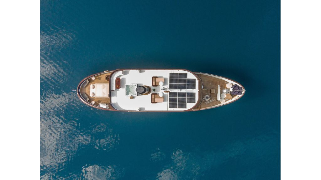 Motor Yacht Donna Del Mare (7)