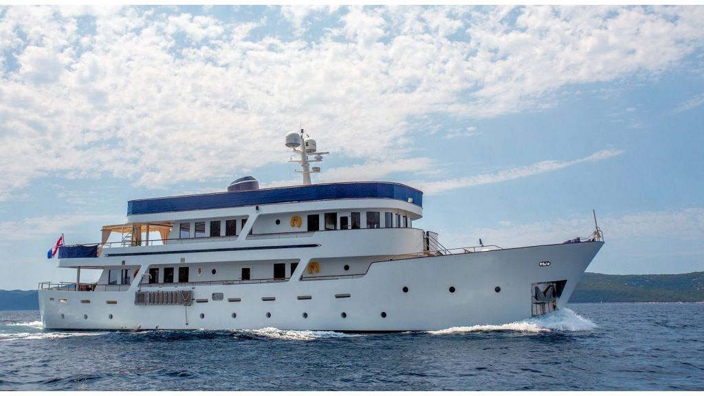 Motor Yacht Donna Del Mare - master