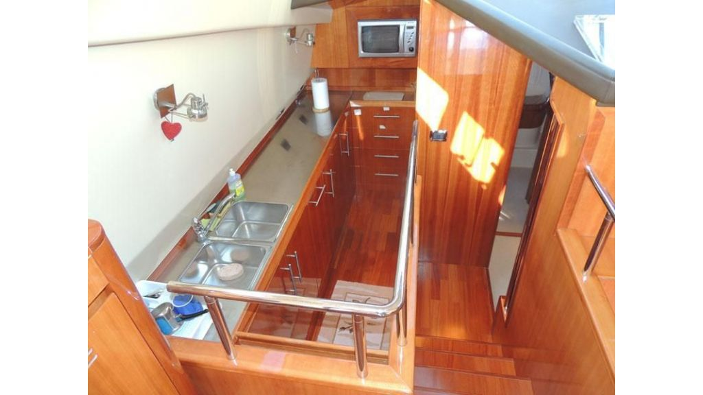 Aicon 54 For charter yacht  (11)