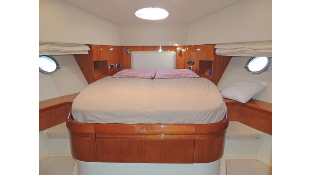 Aicon 54 For charter yacht  (12)