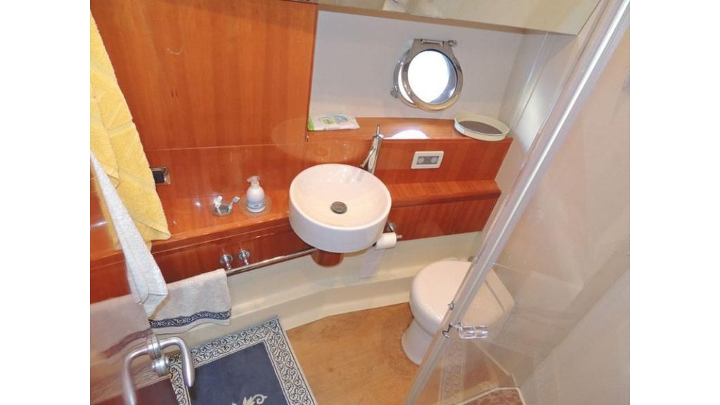 Aicon 54 For charter yacht  (13)