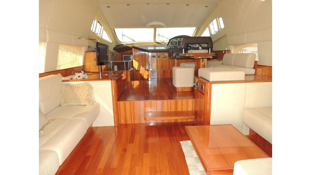 Aicon 54 For charter yacht  (6)