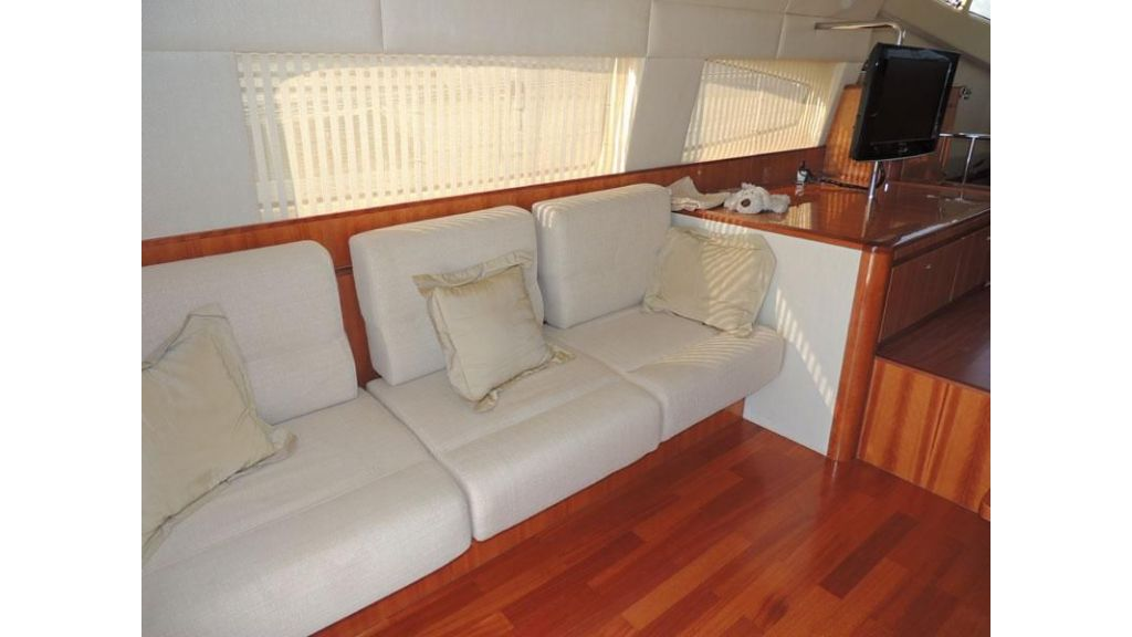 Aicon 54 For charter yacht  (7)