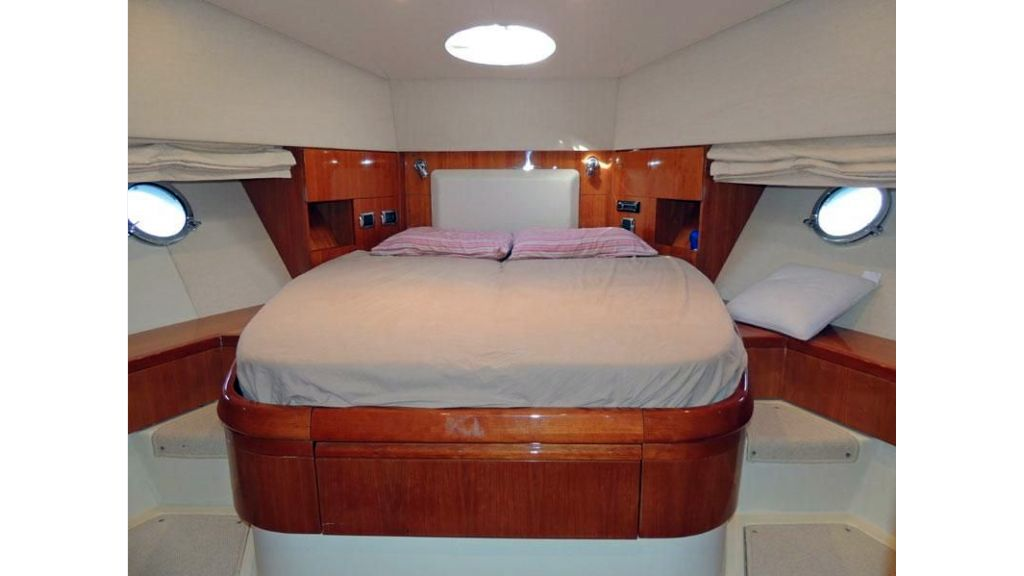 Aicon 54 For Charter boat