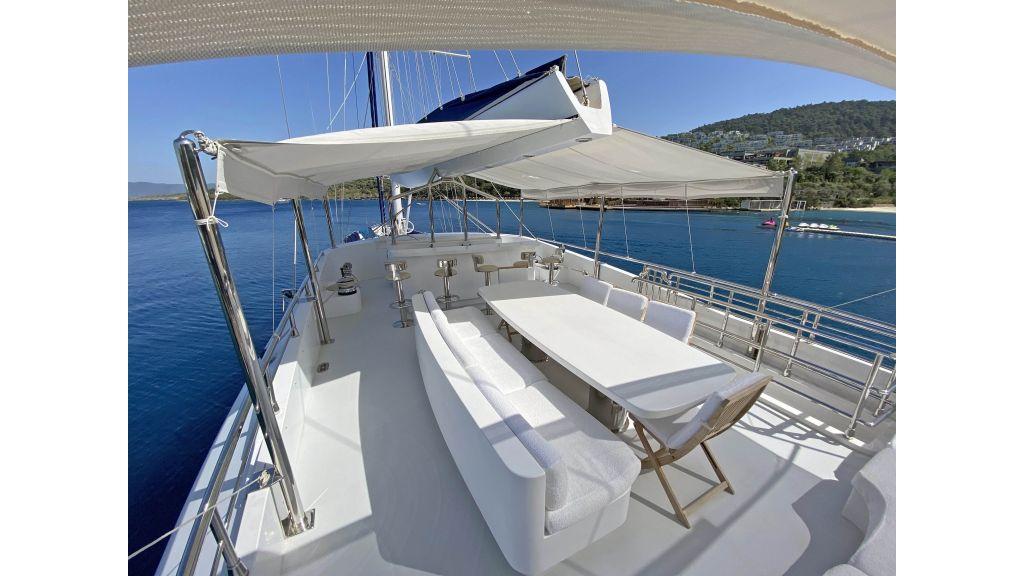 Gulmaria luxury sailing yacht (50)