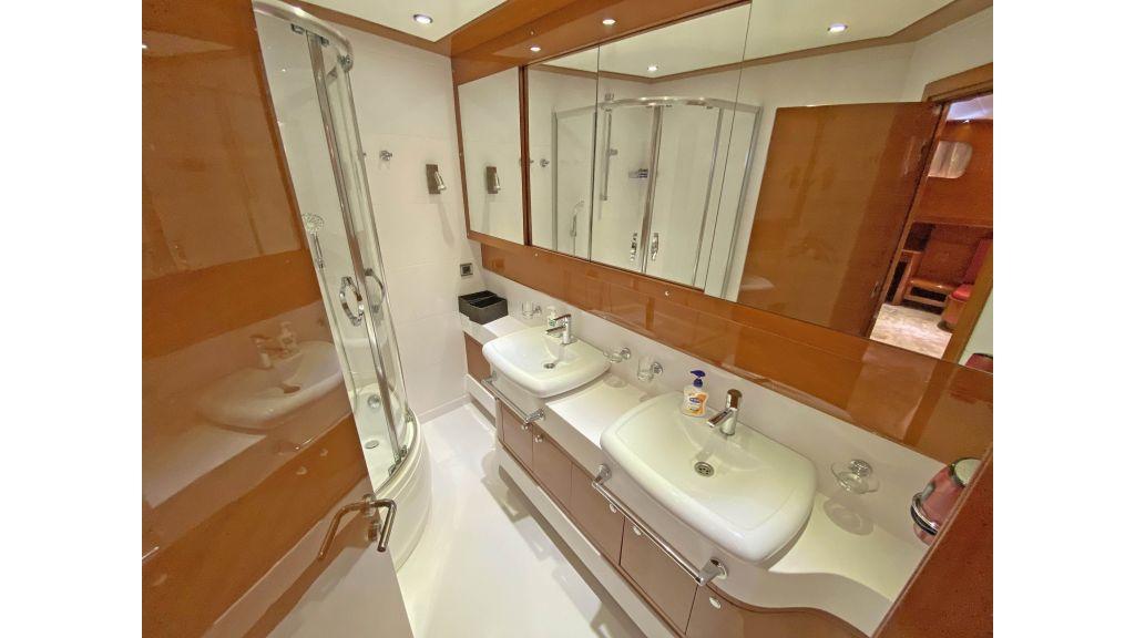 Gulmaria luxury sailing yacht (54)