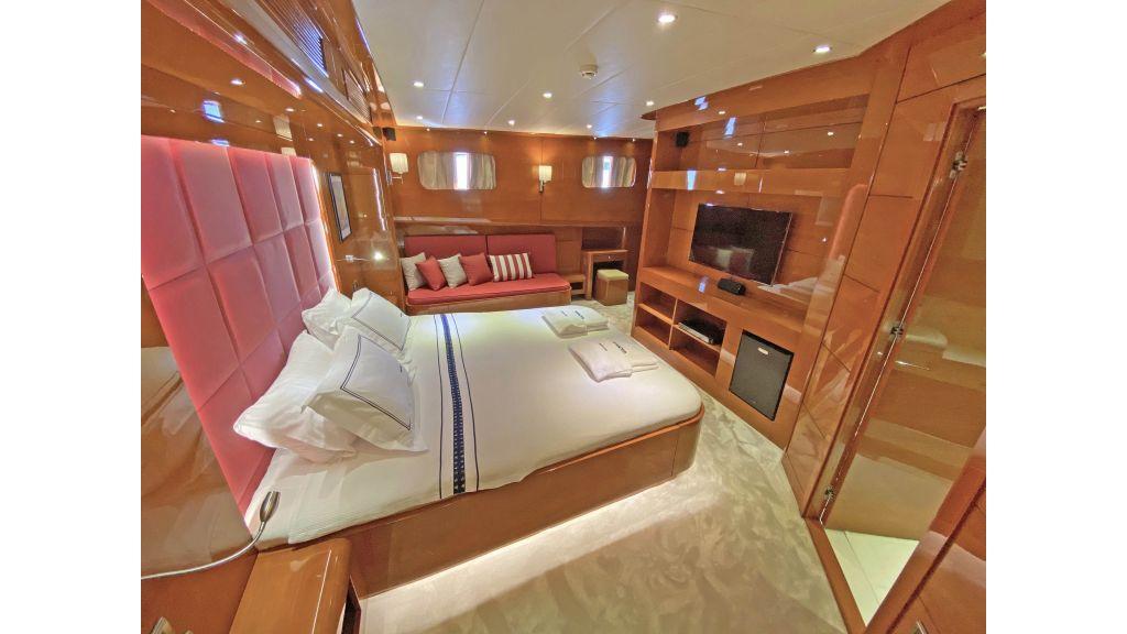 Gulmaria luxury sailing yacht (57)