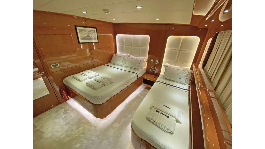 Gulmaria luxury sailing yacht (59)