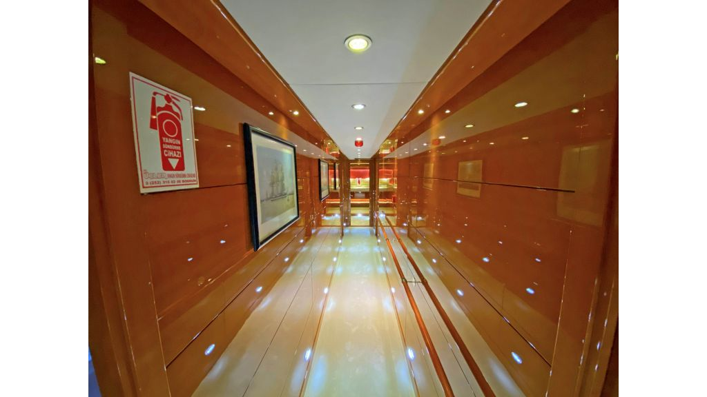 Gulmaria luxury sailing yacht (65)