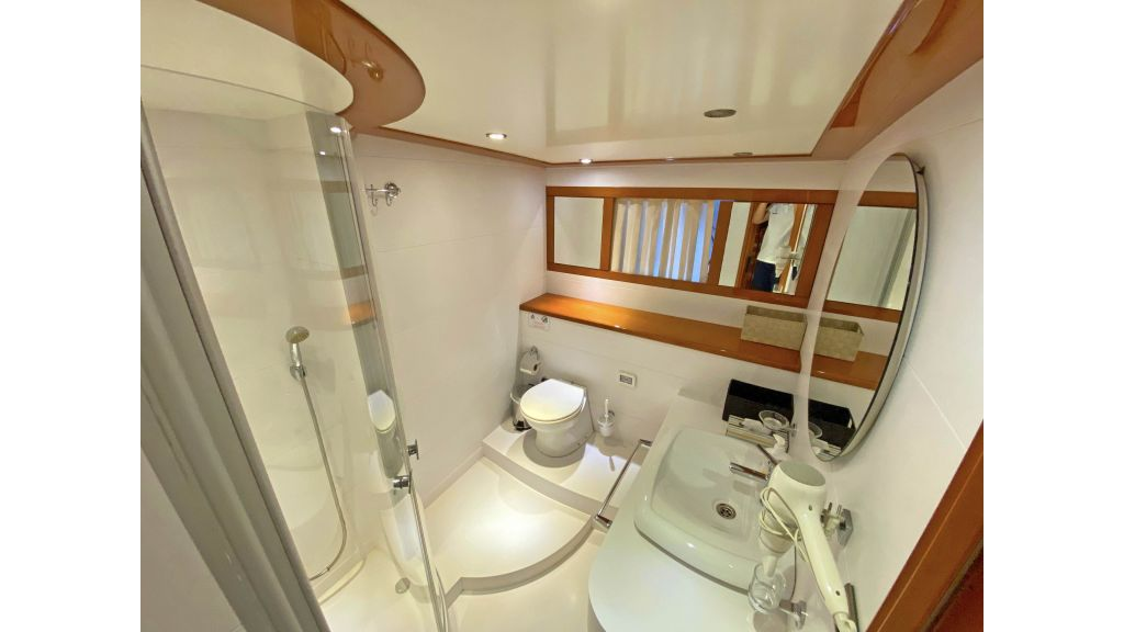 Gulmaria luxury sailing yacht (68)