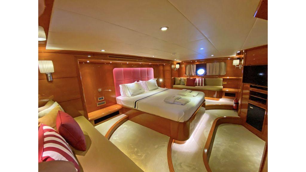 Gulmaria luxury sailing yacht (70)