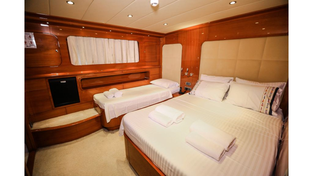 Gulmaria sailing yacht (32)