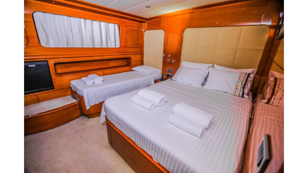 Gulmaria sailing yacht (34)
