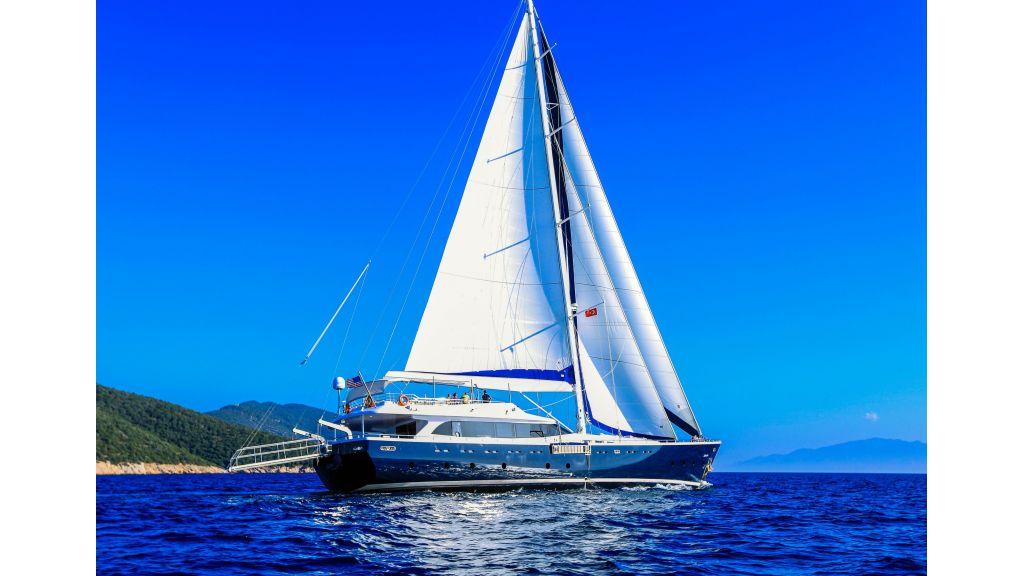 Gulmaria sailing yacht (38)