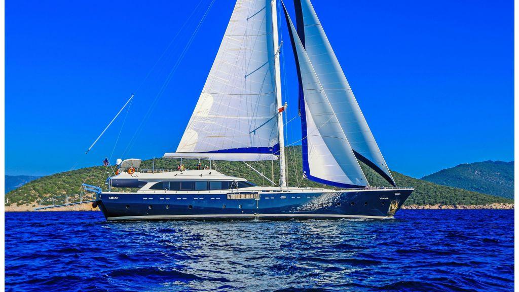 Gulmaria sailing yacht (40)