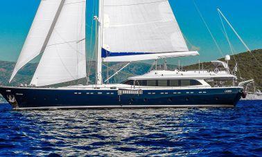 Gulmaria sailing yacht (41)