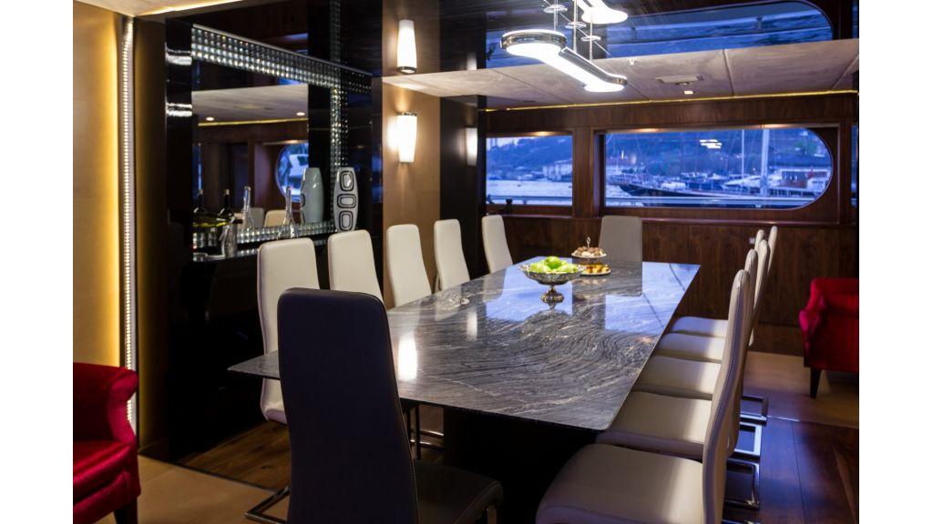 58 m  Mega Yacht for Sale
