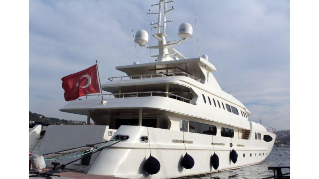 62 M Mega Yacht For Sale (2)