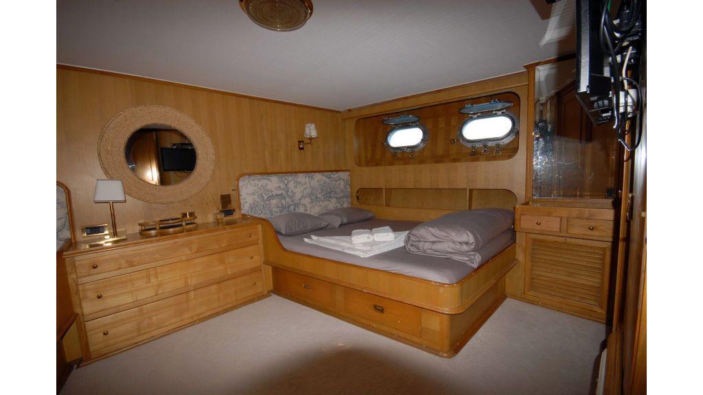 Caressa-benetti-motoryacht-master
