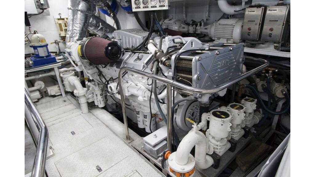 40-m-aluminium-hull-motor-yacht-20