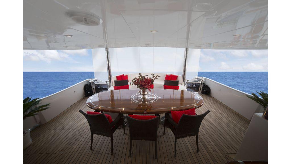 40-m-aluminium-hull-motor-yacht-28