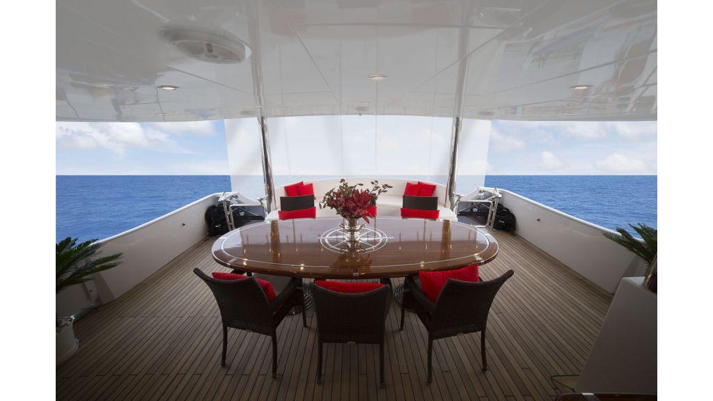 40-m-aluminium-hull-motor-yacht-29