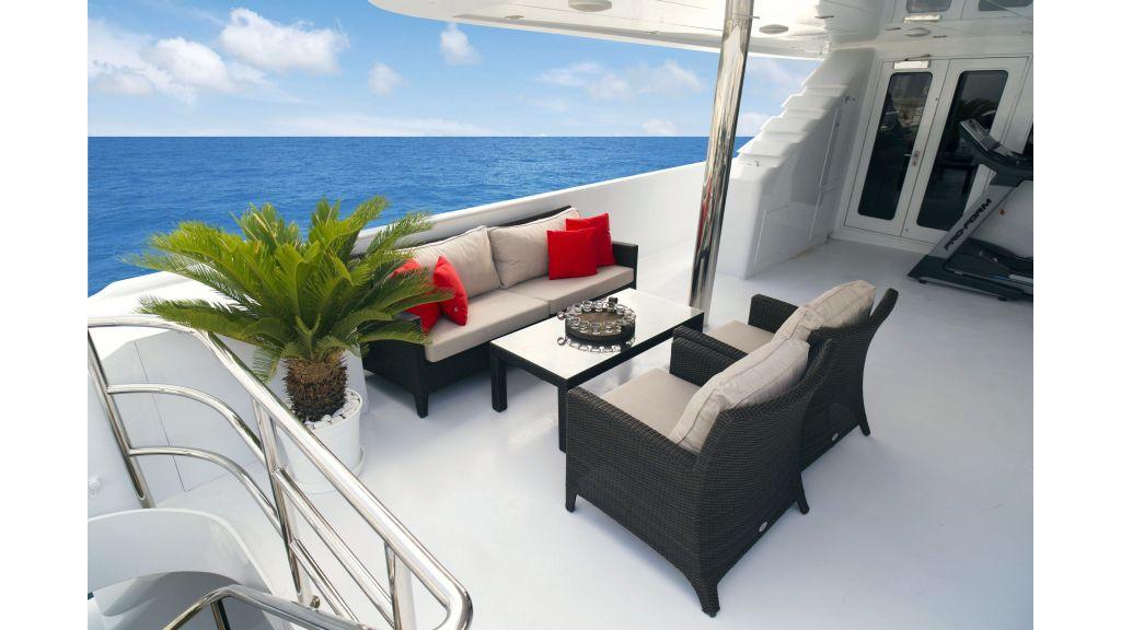 40-m-aluminium-hull-motor-yacht-47