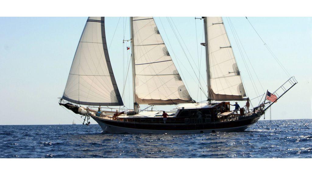 Delmar-3 cabins Yacht master