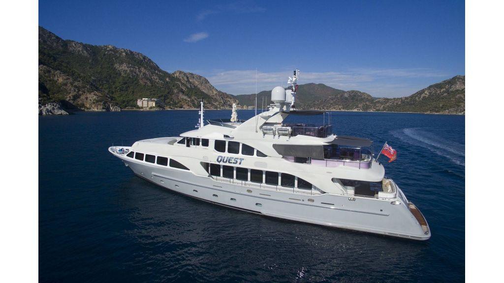 Motor Yacht QuestR (31)